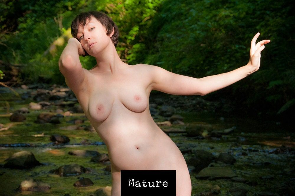 Top Mature Female Banged Outddors