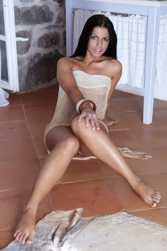 Perfect Hungarian Milf Orchidea Get All Naked