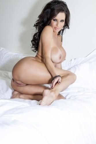 Veronica Avluv I Have A Wife