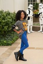 image include: pretty, disney, skai jackson, beanie and skye jackson