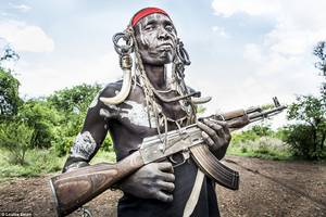 The most extreme body art in the world in the Surma People