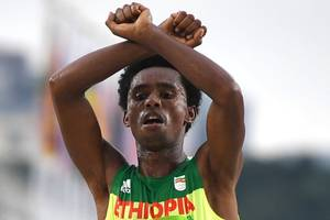 """I really think that I would be killed,"" said Feyisa Lilesa after showing protest at Rio Olympic"