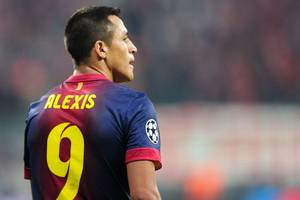 Arsenal's Alexis Sanchez faces probe into tax during Barcelona spell – report