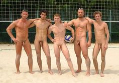 Michael's Hot Men: Naked on the Beach