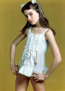 Ndoro Ganjen Fesyen: Brooke Shields, Beautiful Super Model 1