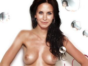ramashka: Courtney Cox young naked photo shoot
