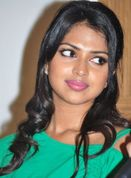 cute lips,Amala Paul cute laugh,Amala Paul big boobs,Amala Paul naked
