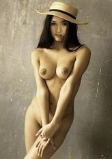 Keisha CastleHughes (NAKED) from a New Zealand Photographer's Art