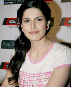 All Stars Photos: Zarine khan's Hot Photos & Wiki