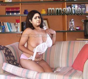 anuradha roy old bengali actress sexy nude photo in the bedroom