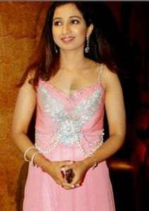 singer shreya ghoshal indian cute singer shreya ghoshal lovely eyes