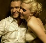 Scarlett Johansson Parties With Justin Timberlake Amid Nude Photos