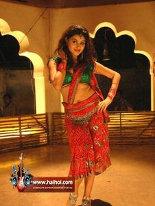 Reshma Dsouza Posted Hot Photos In Saree 009 Actress - Sexy Wallpapers