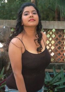 indian masala: fat chubby gundu tamil aunty actress vidya masala