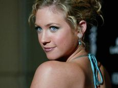 Brittany O'Connell Blogspot http://www.smscs.com/photo/brittanysnow