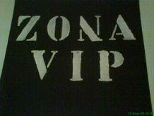 ANGUSTIAS Y FATIGUITAS: ATRAPADO EN LA ZONA VIP