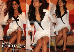 Katrina Kaif Latest Wardrobe malfunction while promoting Jab Tak Hai