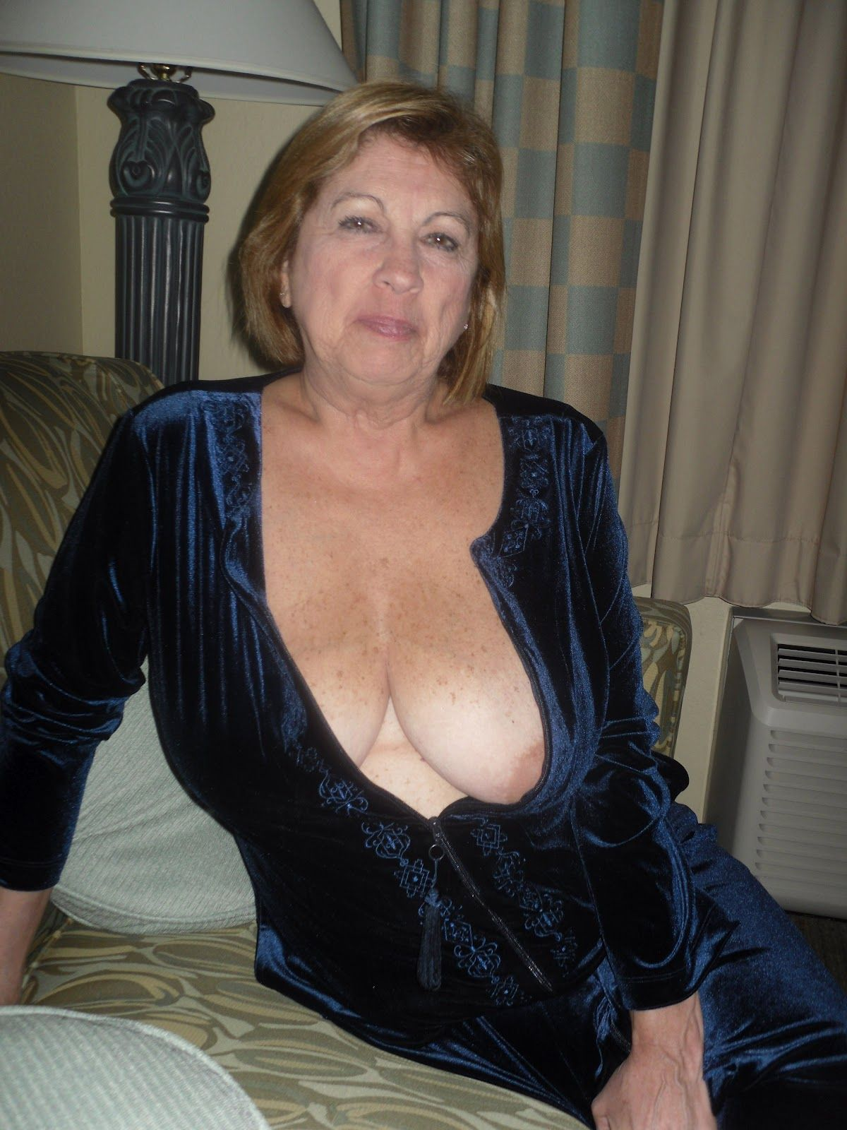 Big Breast Amateur Girls 16