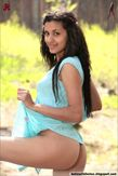 Babita Bhabhi striping her mini skirt to pose nude outdoor : Hot n