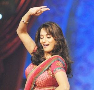 mix masala: free download Madhuri Dixit hot and cute pictures