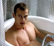 Theo James | Shirtless