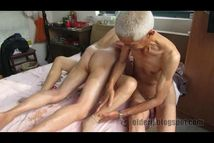 Love Old Man: Two chinese old men fucking a woman(1)