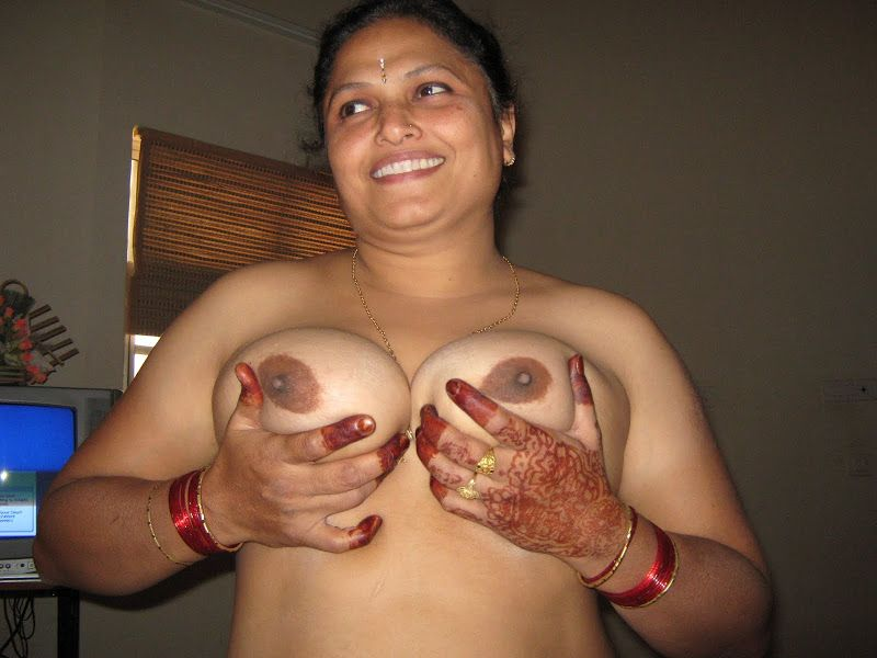 Hot Desi Indian Girl In Red Sari Suck Amp Fuck