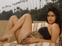 Sunny Leone�s exboyfriend leaks out their first video online