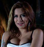 Hot: Cinta Penelope Pamer Belahan Payudara  Cinta Penelope memang