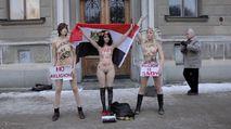 Aliaa Elmahdy m?nh m? h?n v?i Femen (18+)