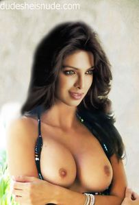 check out priyanka chopra s naked boobs picture a treat for sure