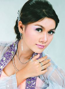 Myanmar Pretty Model, May Thu Aung on People Magazine Cover ~ Myanmar