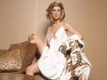 Female Celebrity Pics  Rosamund Pike Hot Photos