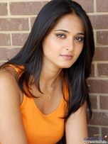 Hot Pictures :: Anushka Shetty News : Anushka Sex Moves: Anushka