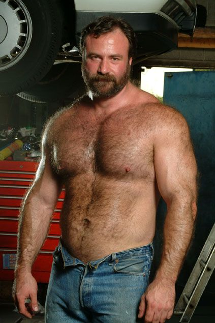 Gay Bodybuilder Bear