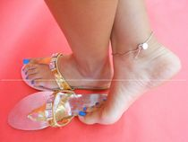 900 Indian female feet Collection: Amazing blue toenails and sole