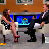 Katie Linendoll Sexy Legs Of The Early Show - Sexy Leg Cross
