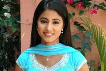 Akshara (Hina Khan)� Star Plus Drama Actress Latest New Wallpapers