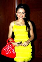 Jiaa Manek  Gopi | Star Plus | Download HD Wallppaers
