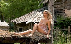 HD NUDE PICTURE : blondes women outdoors nude tatyana kotova HD