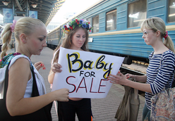Adman: FEMEN fight the privatization of the Ukrainian uterus (nudity