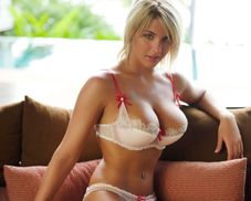 Gemma Atkinson: Topless, Smoking Hot