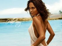 star 10: Hollywood Actress Halle Berry Sexy Wallpapers