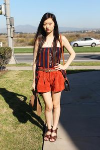DRESS (WORN AS TOP): mom, SUEDE SHORTS: f21, BELT: mom, SHOES: UO, HAT