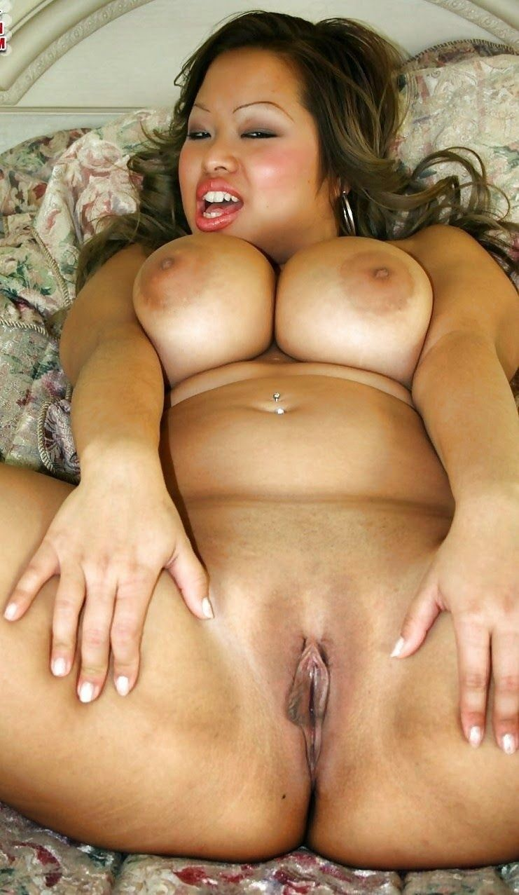Asian Beauty Sucking Fat Cock
