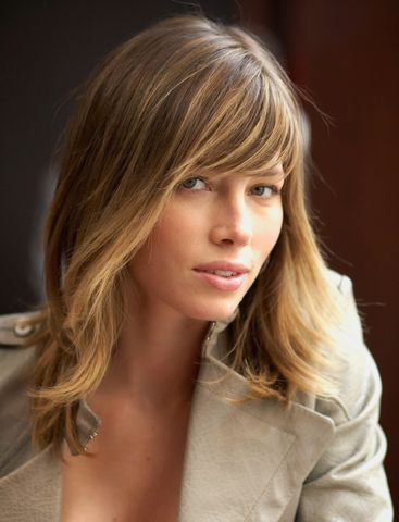 Jessica Biel Dating with Gerard Butler | Hollywood Info Now