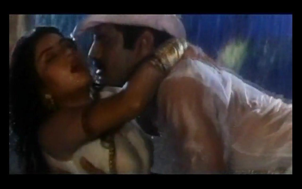 Divya Bharati Nude And Pussy