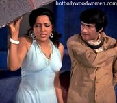 see out Hema Malini's UNSEEN HOTTEST without bra  They look hanging