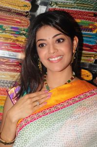 Kajal Agarwal Launches Chennai Shoping Mall | TollywoodTolly