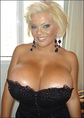Big Boobs Girlfriend